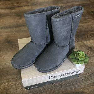 🆕 BearPaw Emma Short Gray Boots